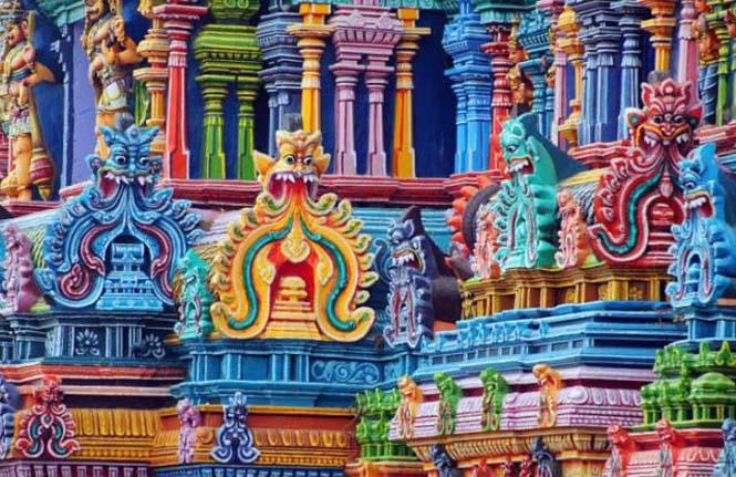 Πολύχρωμοι ναοί στην Ινδία (16)