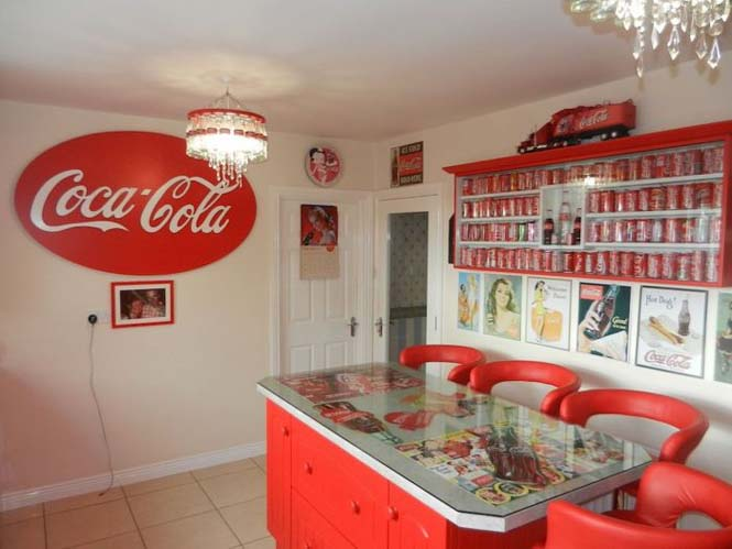 Δείτε πως έκανε το σπίτι της μια γυναίκα που τρελαίνεται για την Coca Cola (2)