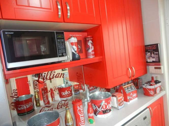 Δείτε πως έκανε το σπίτι της μια γυναίκα που τρελαίνεται για την Coca Cola (3)