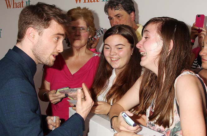 Θαυμαστές «φρικάρουν» συναντώντας τους αγαπημένους τους celebrities (4)