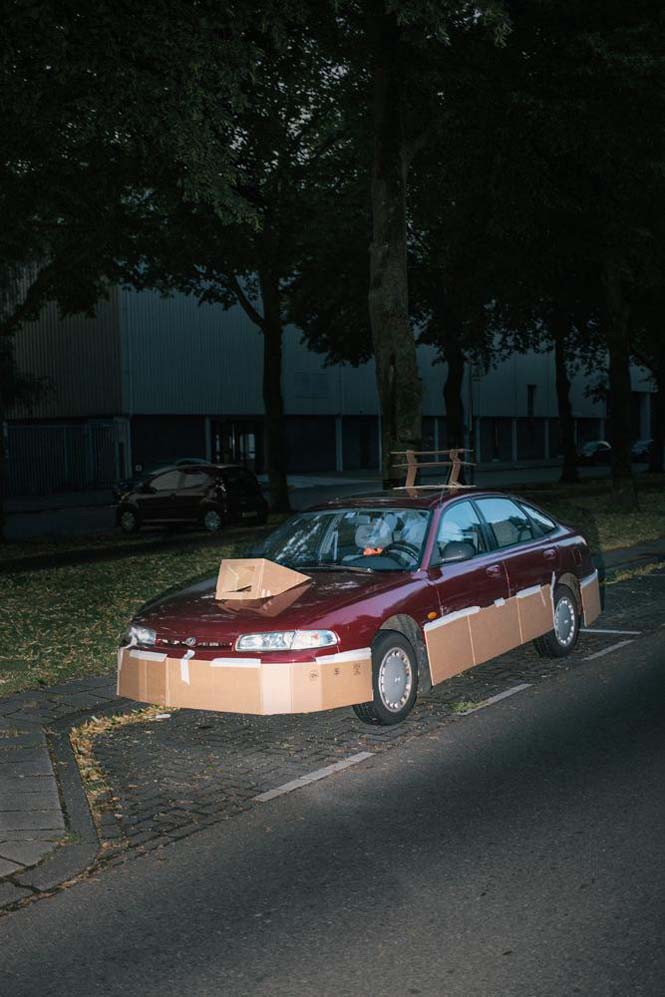 Ένας τύπος τριγυρνάει τα βράδια και «πειράζει» τα αυτοκίνητα του κόσμου (7)
