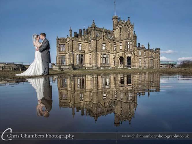 Φωτογράφος χρειάστηκε να βραχεί για να βγάλει την τέλεια γαμήλια φωτογραφία (1)