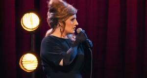 Η Adele υποδύθηκε την σωσία της σε μια απίστευτη φάρσα (Video)