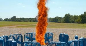 Ανεμοστρόβιλος φωτιάς σε super slow motion (Video)