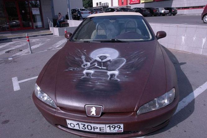 Δερμάτινο αυτοκίνητο στην Μόσχα (2)