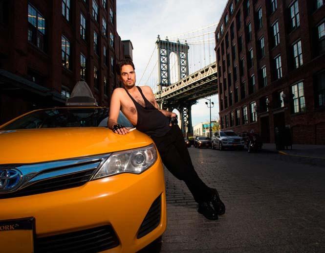 Οι πιο «καυτοί» ταξιτζήδες της Νέας Υόρκης φωτογραφίζονται για καλό σκοπό (4)