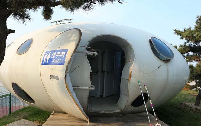 Οι πιο περίεργες τουαλέτες του κόσμου βρίσκονται αναμφίβολα στην Κίνα (6)