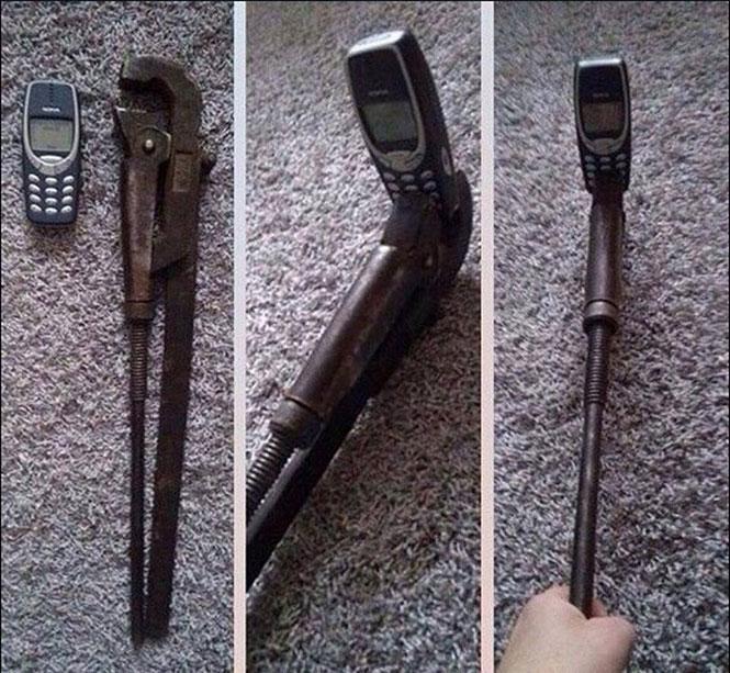 Selfie stick για το Nokia 3310   Φωτογραφία της ημέρας
