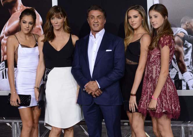 Ο Sylvester Stalone μας παρουσιάζει την πανέμορφη οικογένεια του (1)