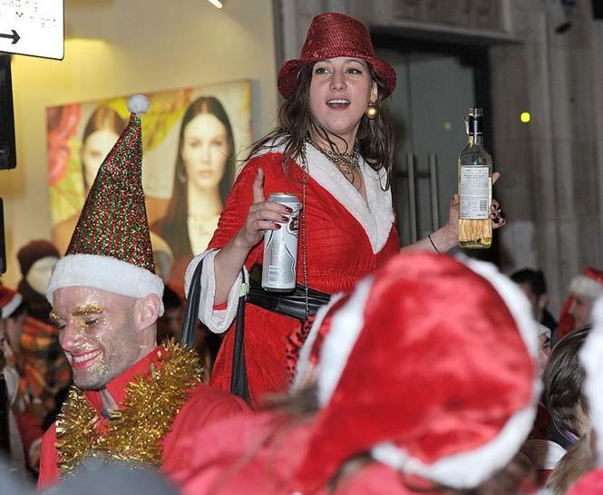 Άγιος Βασίλης και βρετανικό ξεφάντωμα (6)
