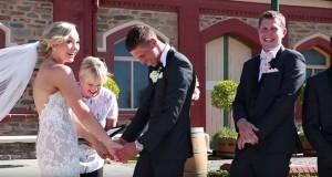 Αγοράκι διακόπτει γαμήλια τελετή λόγω… επείγουσας ανάγκης (Video)