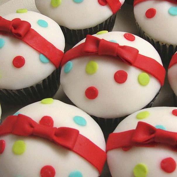 Εκπληκτικά χριστουγεννιάτικα cupcakes (11)