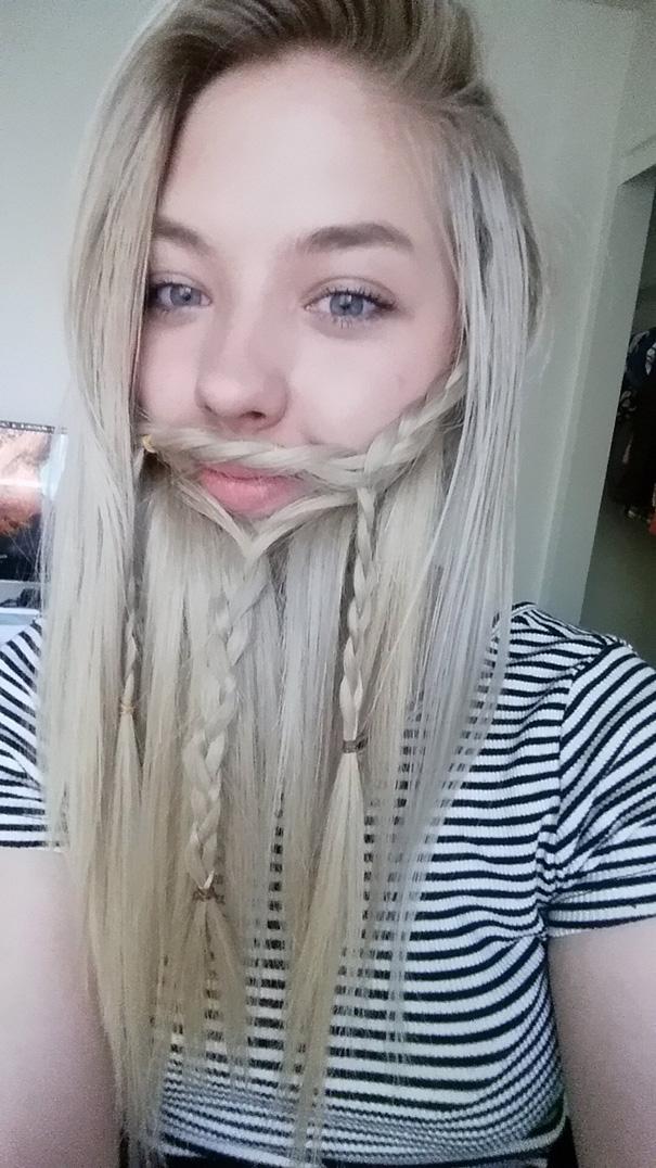 Γυναίκες που μετέτρεψαν τα μαλλιά τους σε πλούσιες γενειάδες (21)