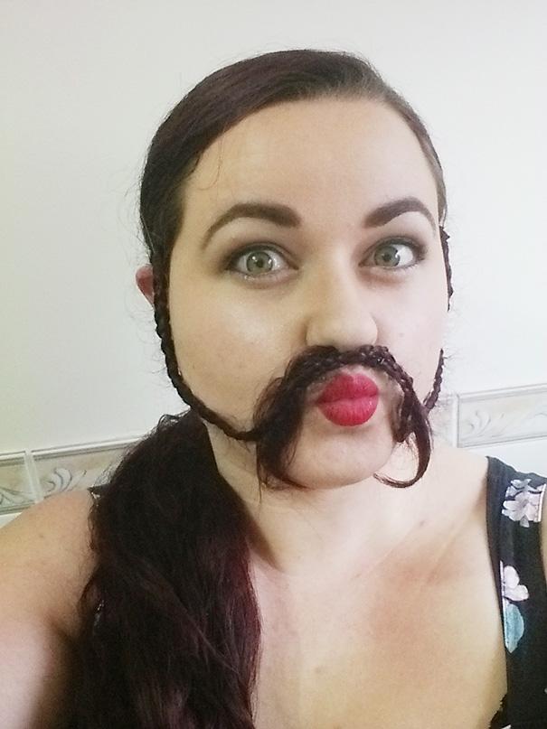 Γυναίκες που μετέτρεψαν τα μαλλιά τους σε πλούσιες γενειάδες (31)
