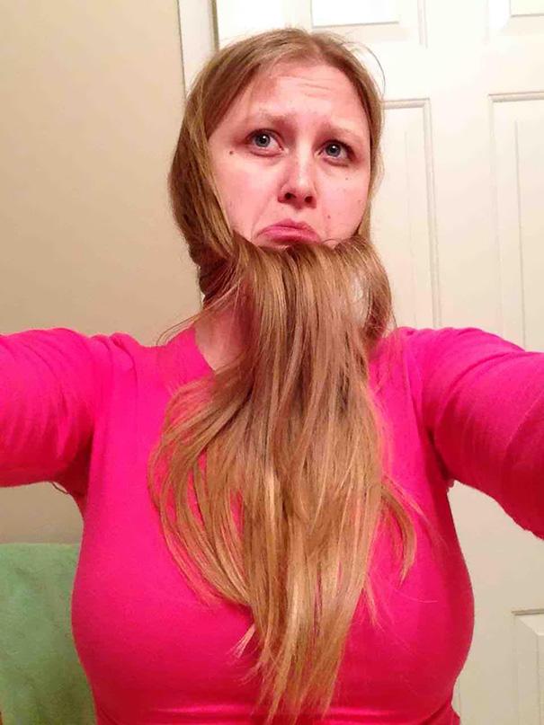 Γυναίκες που μετέτρεψαν τα μαλλιά τους σε πλούσιες γενειάδες (36)