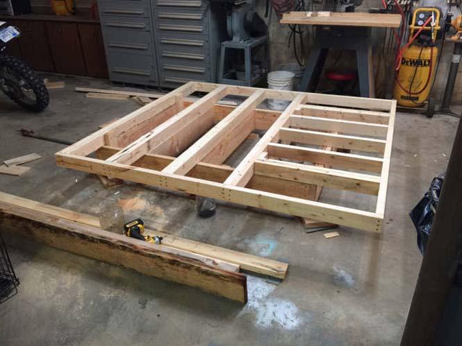 Κατασκευάζοντας ένα κρεβάτι που «αιωρείται» (7)