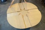 Ξύλινο τραπέζι επεκτείνεται με μοναδικό τρόπο