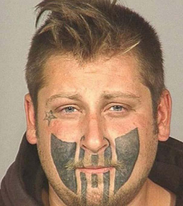 Σκέφτεστε να κάνετε τατουάζ; Ξεκαρδιστικές αποτυχίες που θα σας κάνουν να το ξανασκεφτείτε (13)
