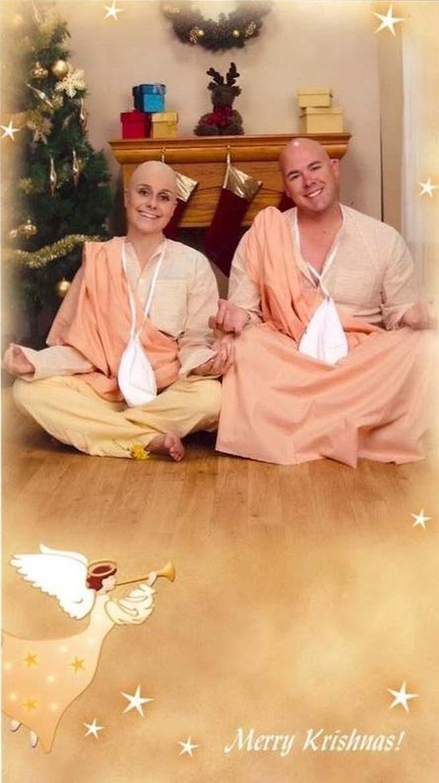 Κάθε χρόνο αυτό το ζευγάρι ετοιμάζει μια ξεκαρδιστική χριστουγεννιάτικη κάρτα (6)