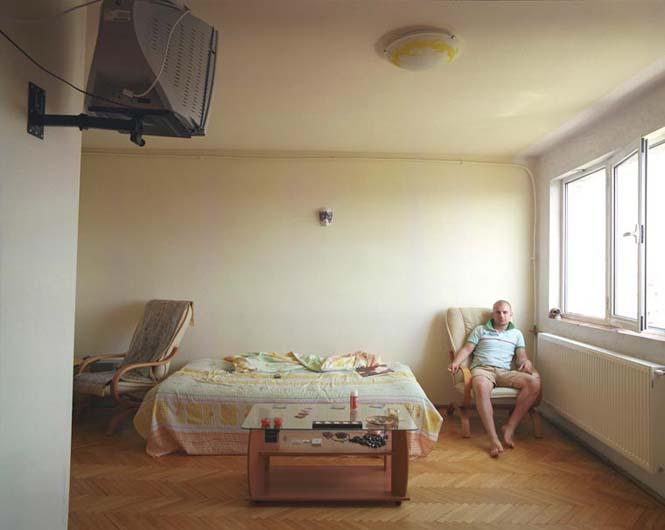 Η εντυπωσιακή διαφορά μεταξύ πανομοιότυπων διαμερισμάτων στο ίδιο κτήριο (3)