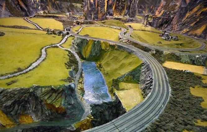 Ο μεγαλύτερος σιδηρόδρομος μοντελισμού στον κόσμο (5)