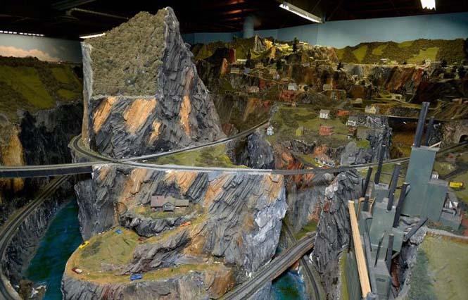 Ο μεγαλύτερος σιδηρόδρομος μοντελισμού στον κόσμο (14)