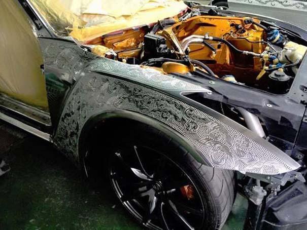 Μια από τις πιο περίτεχνες διακοσμήσεις αυτοκινήτων που έχετε δει (13)