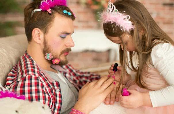 Μπαμπάδες που άφησαν τις κόρες τους να τους κάνουν όμορφους (18)