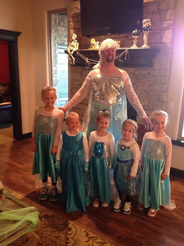 Μπαμπάδες που άφησαν τις κόρες τους να τους κάνουν όμορφους (27)