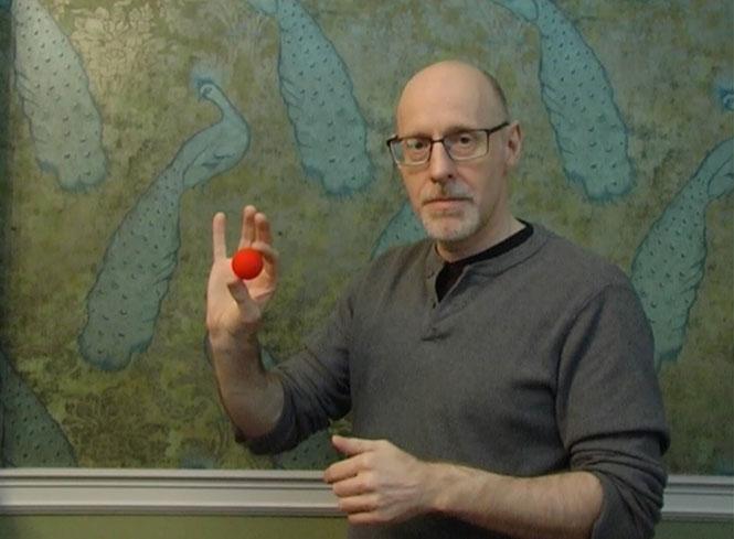 Μπορείτε να μαντέψετε με ποιον τρόπο εξαφανίζεται αυτό το κόκκινο μπαλάκι;