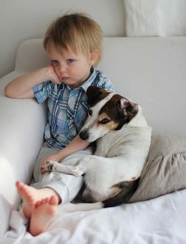 Μωρά και σκύλοι σε αξιολάτρευτες φωτογραφίες (9)