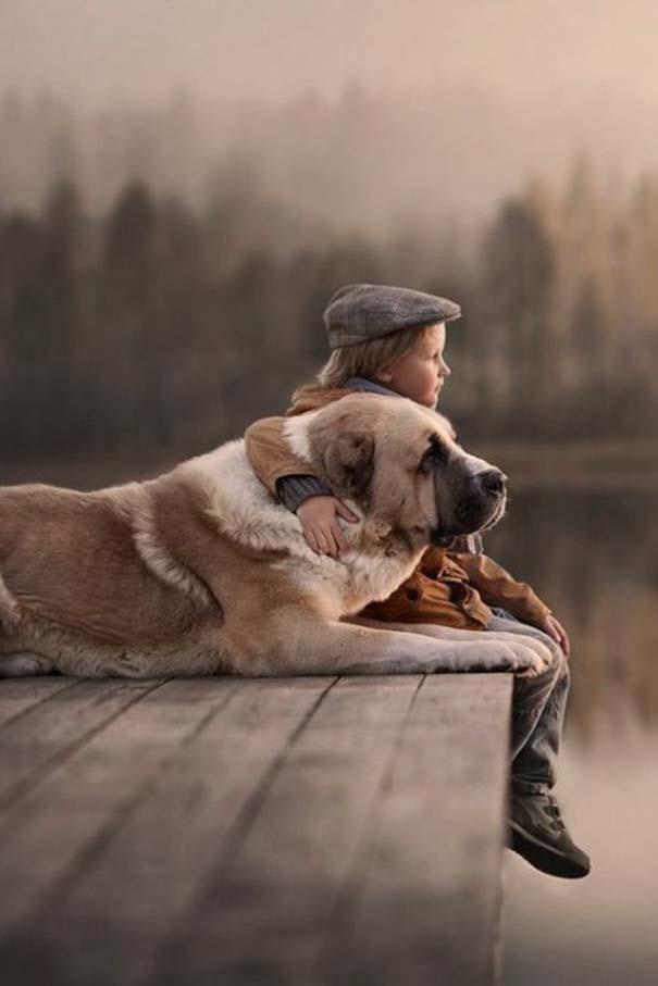 Μωρά και σκύλοι σε αξιολάτρευτες φωτογραφίες (23)