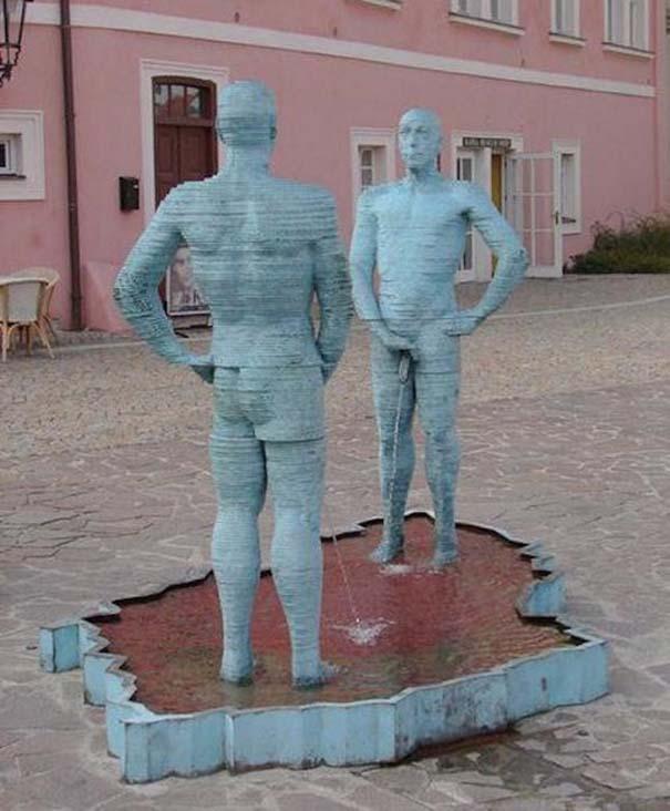 Παράξενα γλυπτά & αγάλματα #17 (4)