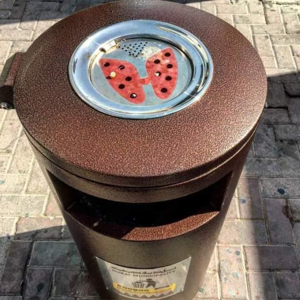 Νέα δημόσια σταχτοδοχεία στο Dubai | Φωτογραφία της ημέρας
