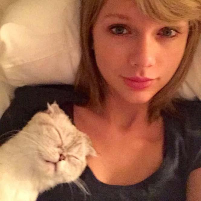 Σωσίας Taylor Swift (6)