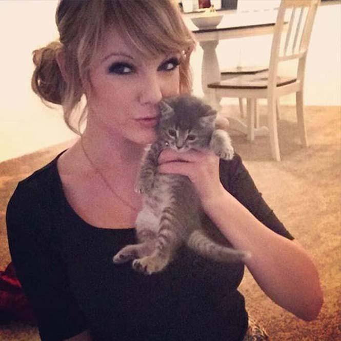 Σωσίας Taylor Swift (9)