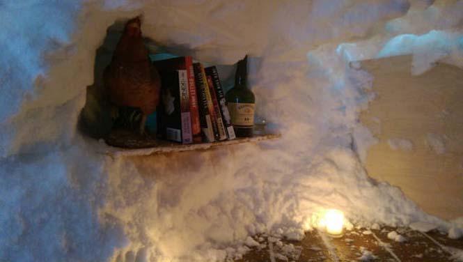 Η χιονοθύελλα του έδωσε την ευκαιρία να φτιάξει ένα Igloo στην αυλή του (6)