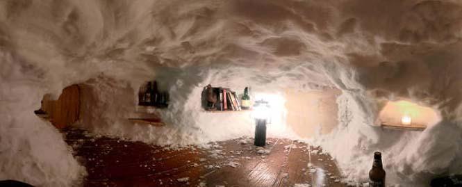 Η χιονοθύελλα του έδωσε την ευκαιρία να φτιάξει ένα Igloo στην αυλή του (12)