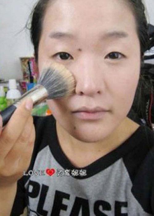 Άλλη μια εντυπωσιακή μεταμόρφωση με μακιγιάζ (2)