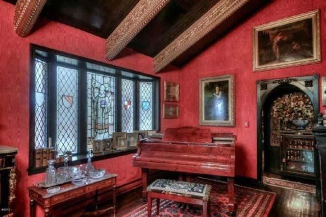 Αυτό το σπίτι κρύβει ένα κάστρο στο εσωτερικό του (4)