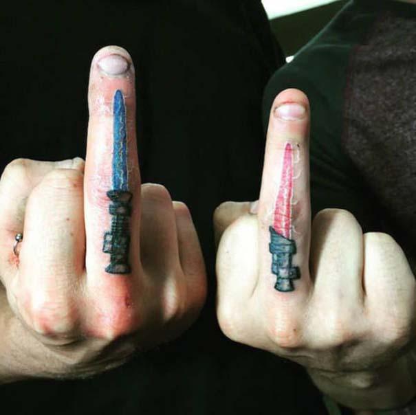 30 λάτρεις των τατουάζ που ίσως μια μέρα μετανιώσουν για τις επιλογές τους (13)