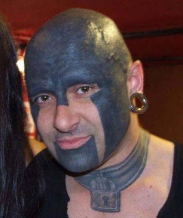 30 λάτρεις των τατουάζ που ίσως μια μέρα μετανιώσουν για τις επιλογές τους (17)
