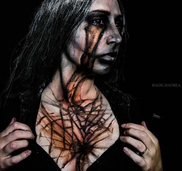 Makeup artist με απίστευτη φαντασία μετατρέπει τον εαυτό της σε τρομακτικά τέρατα (19)