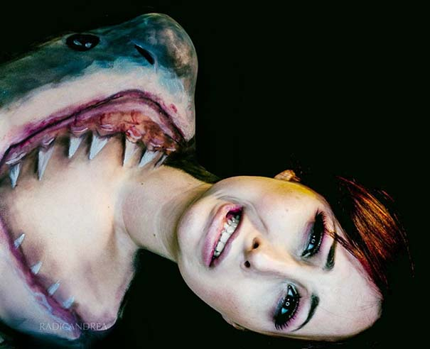 Makeup artist με απίστευτη φαντασία μετατρέπει τον εαυτό της σε τρομακτικά τέρατα (24)