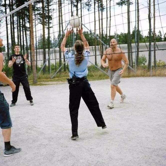 Η Νορβηγία έφτιαξε μια μοντέρνα φυλακή που δεν μοιάζει με τις υπόλοιπες (4)