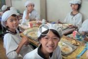 Στην Ιαπωνία τα σχολικά γεύματα δεν έχουν να κάνουν μόνο με το φαγητό