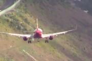 Τρομακτικές προσγειώσεις σε ένα από τα πιο δύσκολα αεροδρόμια της Ευρώπης