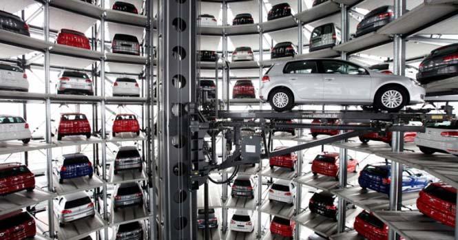 Απίθανα γκαράζ αυτοκινήτων στον κόσμο (1)