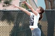 Η Jennifer Lawrence παίζει μπάσκετ και οι χρήστες του Photoshop ξεσαλώνουν (1)
