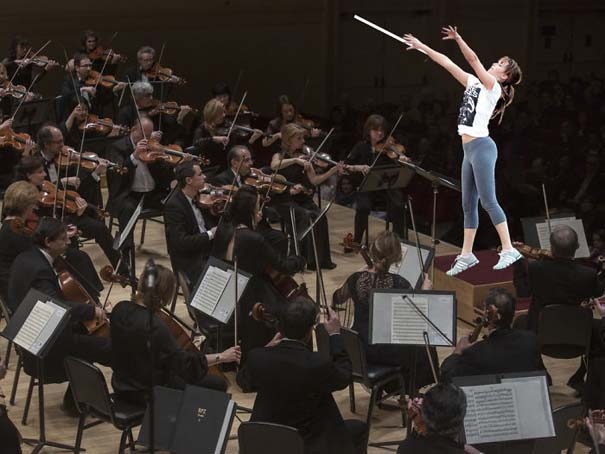 Η Jennifer Lawrence παίζει μπάσκετ και οι χρήστες του Photoshop ξεσαλώνουν (23)